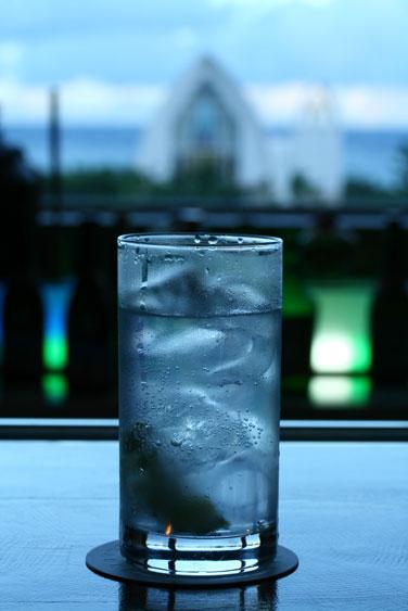 Gin Tonic_f0228502_1192416.jpg