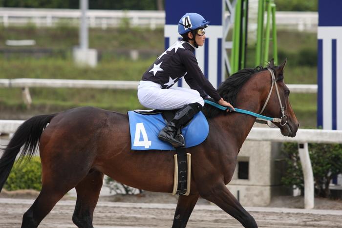 宮川実騎手がレースに復帰!!_a0077663_22351791.jpg