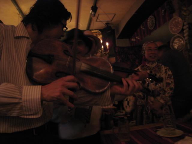 ルーマニア料理&トランシルバニアの民族舞踊ヾ(^▽^)ノ_f0109257_20312684.jpg