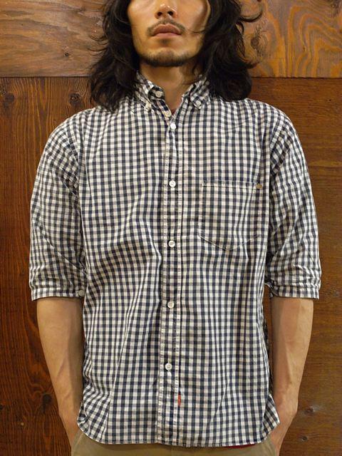 今年の夏はこのシャツで決まりですね。_f0020773_21385796.jpg