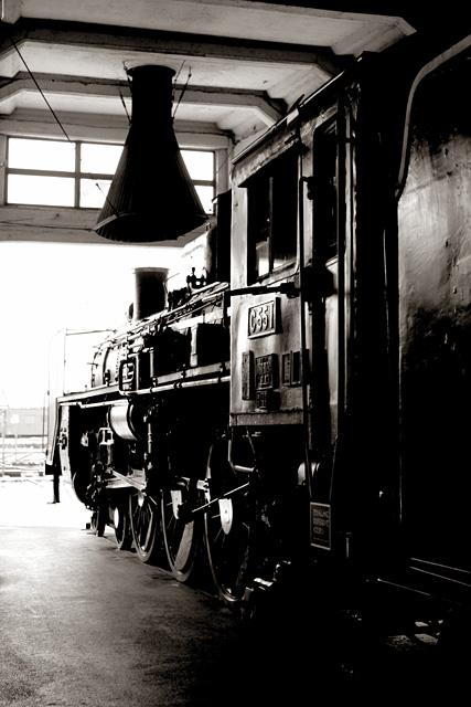 京都ミニ紀行   - SL in sepia -_b0067789_1923293.jpg