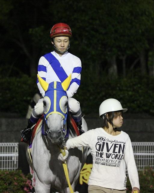 2010年5月29日(土) 高知競馬 9R 高知ぼうしパン特別 C2-1 選抜馬_a0077663_2193613.jpg