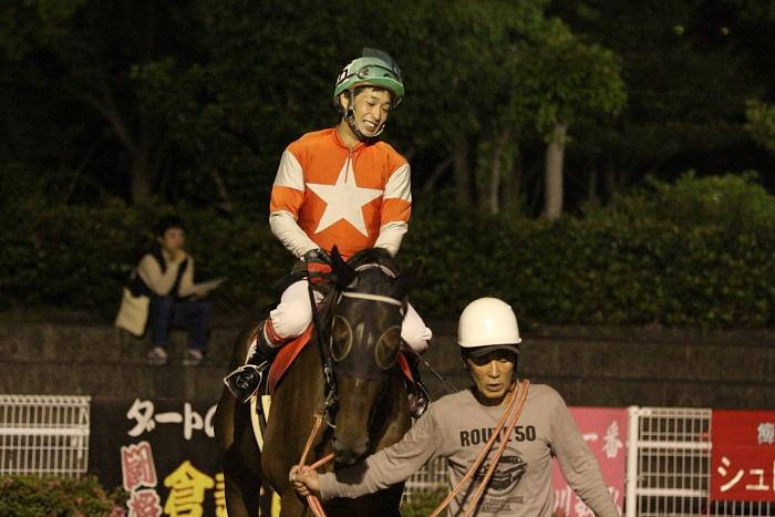 2010年5月29日(土) 高知競馬 9R 高知ぼうしパン特別 C2-1 選抜馬_a0077663_2194735.jpg