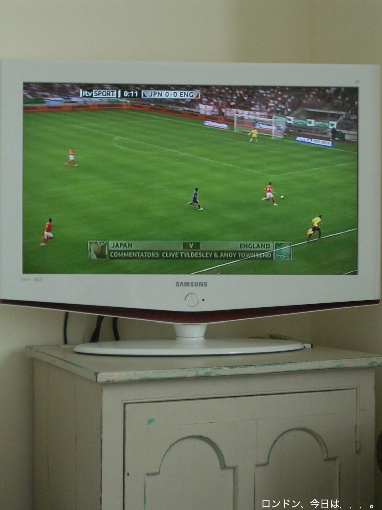 friendly match_a0137487_244179.jpg