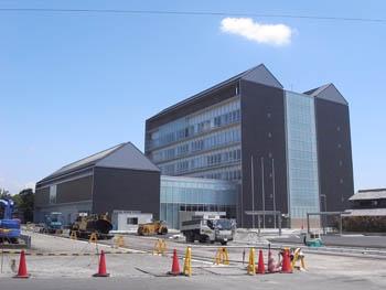 犬山新庁舎_a0049695_324226.jpg
