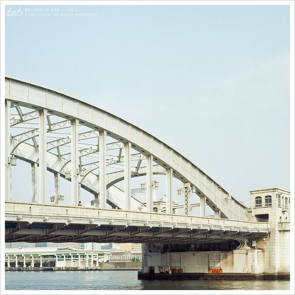 勝鬨橋_e0117517_18341281.jpg