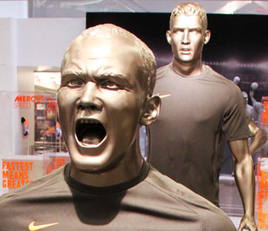 ワールドカップ直前のNYのナイキタウン(Niketown)へ_b0007805_22213330.jpg