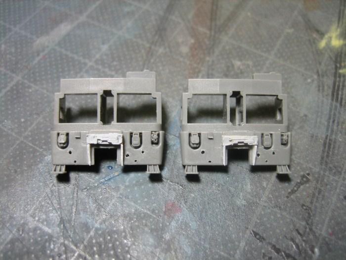 EF81-140 双頭カプラー車輌の製作 その3_e0120143_23424933.jpg