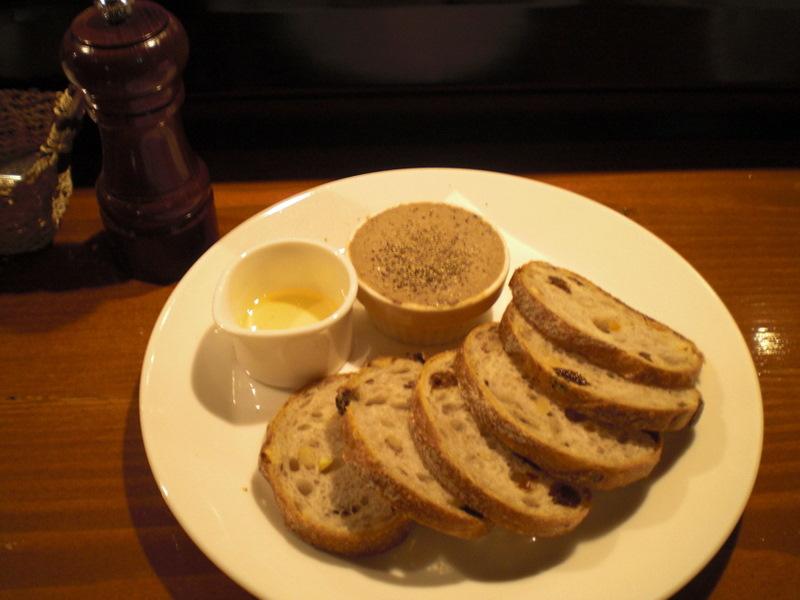1人で気楽にワインで食事@WINE&FOOD TETE[高岳/名古屋]_c0013687_030558.jpg