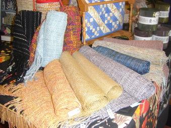 手織りシリーズです。_e0150507_14364330.jpg