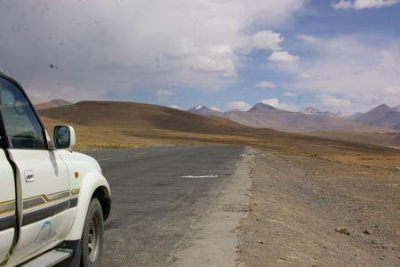 チベットの旅  Day  8 シギャッツェからシェガーへ_e0114020_41374.jpg