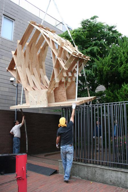 五月祭パビリオンの建て方風景(前編)_f0171840_934622.jpg