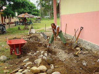 【JENの活動報告】スマトラ島沖地震の被害にあった子供たちとのワークショップ_e0105047_14580100.jpg