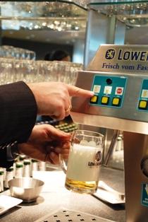 ビール、ビール、ビール!だって、ドイツだもの_b0053082_1684029.jpg