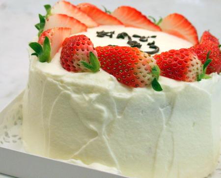 バースデーケーキのご注文♪_f0141419_6571896.jpg