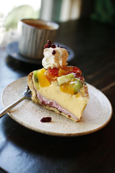 パサリーノ、カフェで誕生日を祝う_f0149855_21423629.jpg