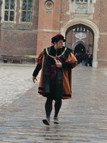 Hampton Court Palace(ハンプトン・コート・パレス)_c0079828_17315651.jpg