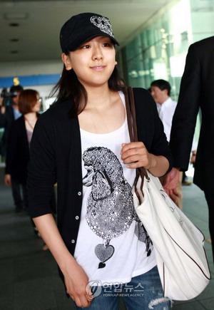 ステキな写真が多いので -浅田真央選手、現代スーパーマッチ出演_b0038294_8223026.jpg