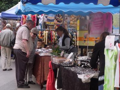 ++モントルーの金曜 マーケット++_e0140921_1923893.jpg