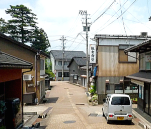 富山の「龍女食堂」で_f0197821_925196.jpg
