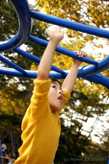 外でのびのび☆いつもの公園でパシャ!_d0170980_23112759.jpg