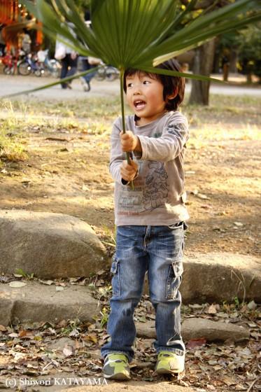 外でのびのび☆いつもの公園でパシャ!_d0170980_23115554.jpg