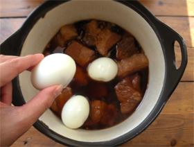 豚の角煮と、味玉と。_d0157677_21124139.jpg