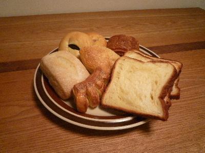常識を超えた食パン_d0105615_17452533.jpg