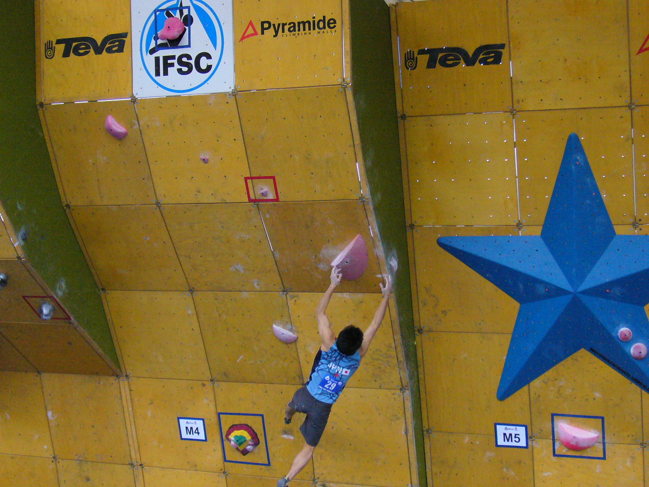 boulder world cup in vail u.s.a_d0131371_11212384.jpg
