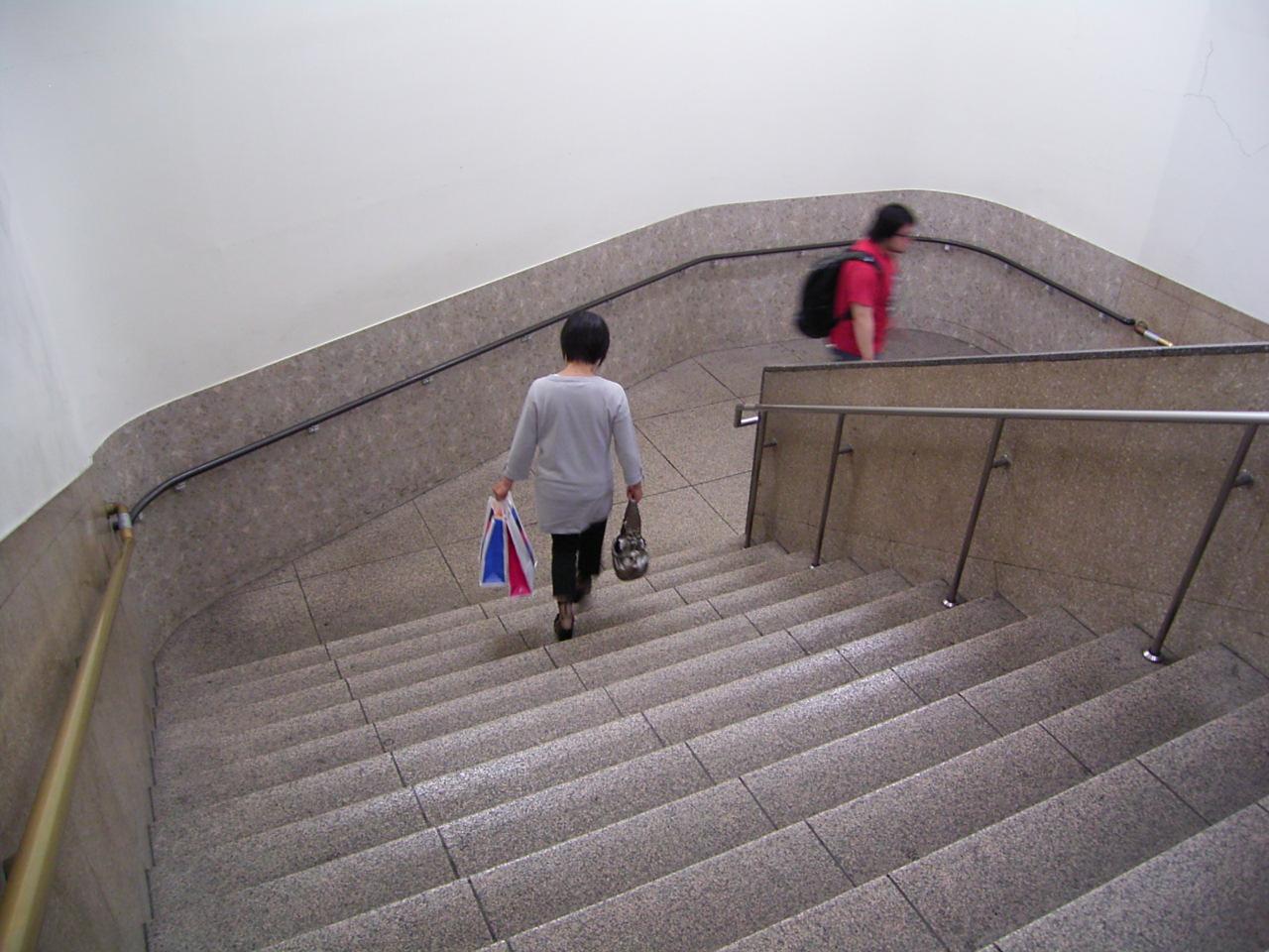 優しくなれる階段_a0122098_8381630.jpg