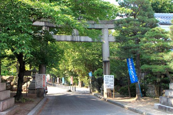 藤の森神社 あじさいまつり_e0048413_1894197.jpg