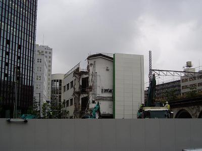 さよなら交通博物館 建物の解体状況(7) 5月中旬篇_f0030574_22144247.jpg