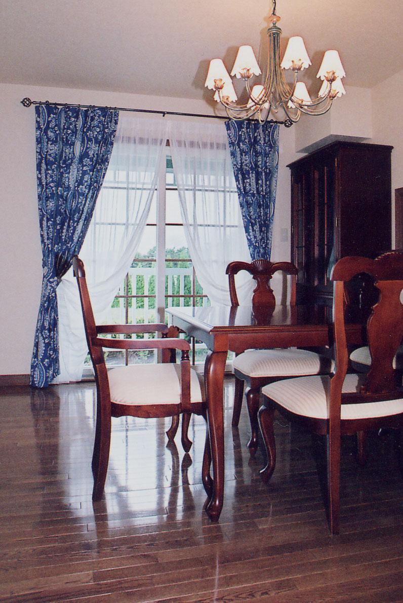 装飾レールとカーテンスタイル_c0157866_1229595.jpg