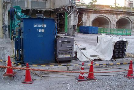 さよなら交通博物館 建物の解体状況(7) 5月中旬篇_f0030574_2261345.jpg