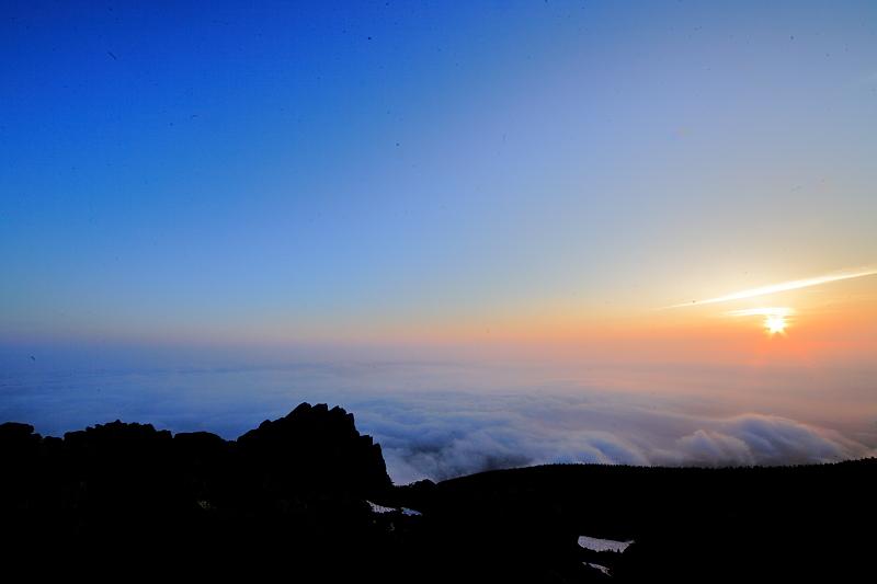 早池峰の夕と朝_f0075075_2041194.jpg