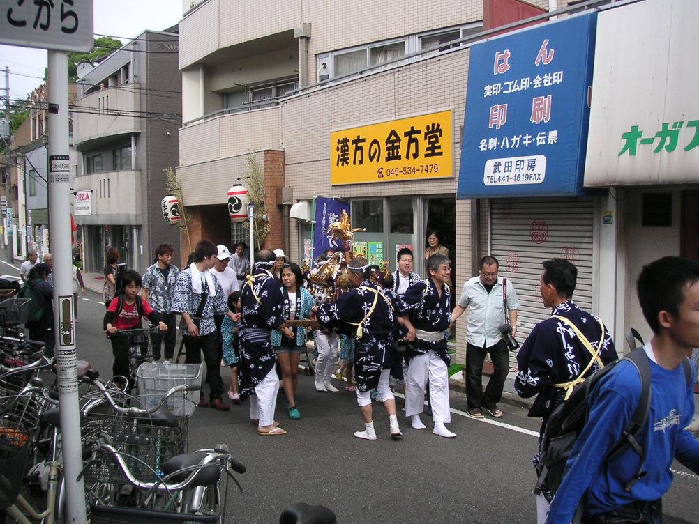 州崎神社のお祭り_e0017093_15333945.jpg