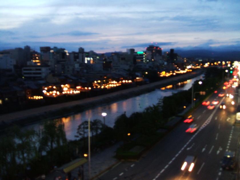 祇園からの眺め最高のビアガーデン_d0162300_22214435.jpg