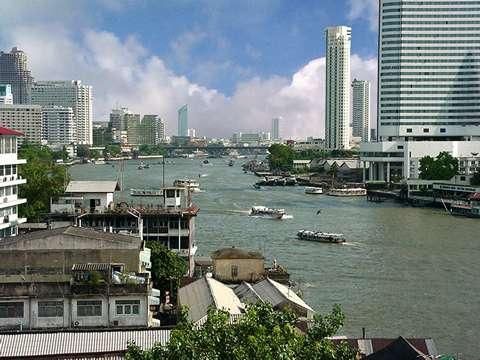 暑い!東南アジア出張 -その1-_f0189467_1145646.jpg