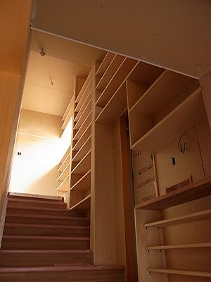 本棚階段_a0117794_1145455.jpg