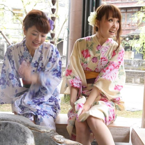 プチプラ♪色浴衣にかわいいコサージュ☆_d0172813_6402937.jpg