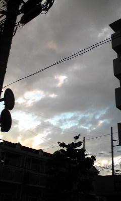 晴れ?雨?_f0170915_18281559.jpg