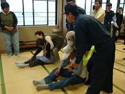 安登で防災訓練が行われました_e0175370_1356292.jpg