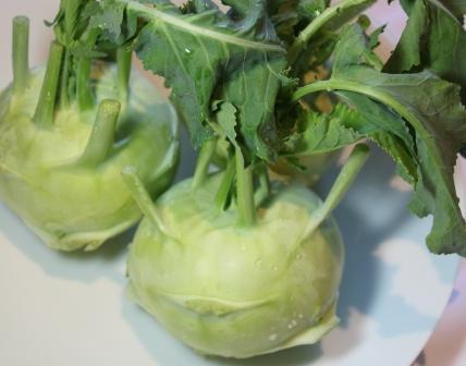 この野菜なんでしょう?_c0214278_2137174.jpg