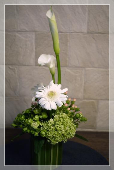 疲れる季節  お花もひと息_d0133320_0351481.jpg