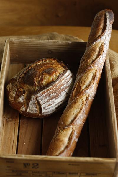梅雨でうっとおしいがパンを焼く_f0149855_15473332.jpg