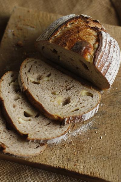 梅雨でうっとおしいがパンを焼く_f0149855_1548248.jpg