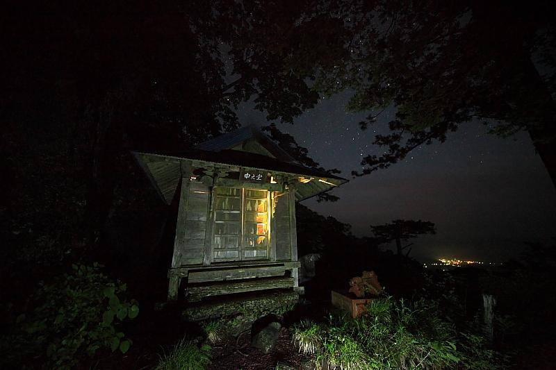 石上山、中之堂の一夜_f0075075_1328518.jpg