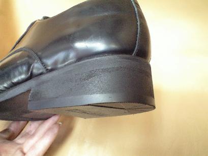 減りすぎた紳士靴カカト修理_a0162692_23263741.jpg