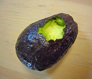 avocado・・・_f0170352_16153892.jpg