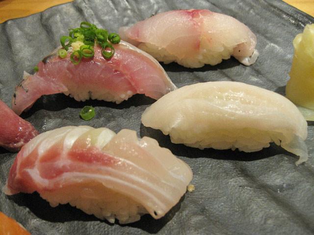 魚真 吉祥寺中道店_a0016730_1856353.jpg